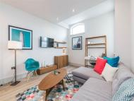 Apartment to rent in Dunstable Road, Richmond...