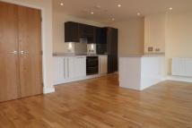 Flat to rent in Pinnacle House