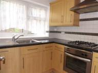 Flat to rent in Stanley Road, Enfield...