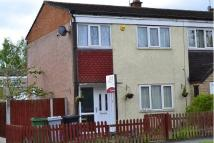 3 bed semi detached house to rent in Kennedy Avenue...