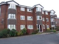 2 bedroom Flat to rent in Carpenters Court...