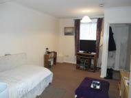 Studio flat to rent in High Street, Rochester...