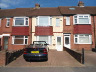 2 bedroom Terraced property to rent in Featherby Road, Rainham...
