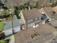 4 bedroom Detached house in Woodlands, Pound Hill...