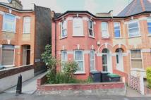 4 bed property for sale in Duckett Road, London, N4