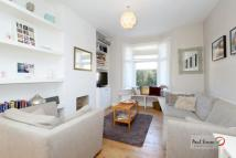 2 bedroom Terraced house in Station Crescent...