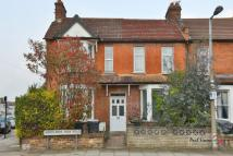 3 bed End of Terrace home in Woodlands Park Road...