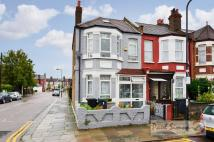 3 bed End of Terrace house for sale in Chesterfield Gardens...