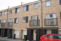 House Share in Alice Bell Close...