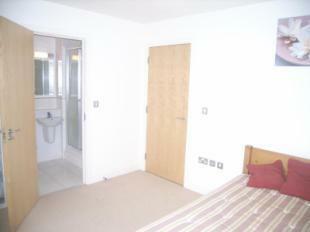 Bed 1/En Suite