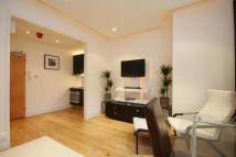 Flat to rent in Craven Hill, Bayswater...