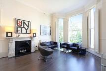 1 bed Flat to rent in Holland Road, Kensington...