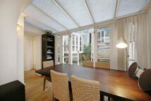 3 bedroom Flat to rent in St Anns Villas...
