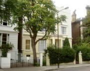 Flat to rent in Pembridge Villas...