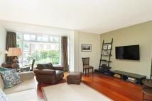 5 bed property to rent in Woodsford Square...