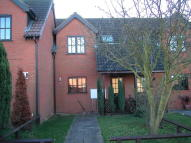 2 bedroom semi detached house to rent in Horseshoe Road, Spalding...
