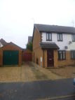 2 bed semi detached house to rent in Rembrandt Way, Spalding...
