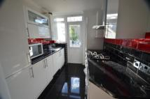 Greenford Avenue Terraced house to rent