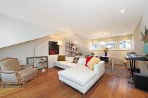 2 bed Flat to rent in Portobello Road, London...
