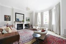 Maisonette for sale in Ladbroke Grove, London...