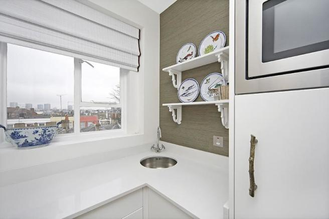 Kitchen alt view