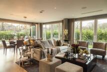 3 bedroom new Apartment in Halcyon Close, Barnes...
