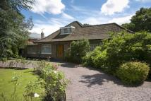 6 bedroom Detached house in Coombe Park, Coombe