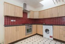 Flat in Brecknock Road, N7