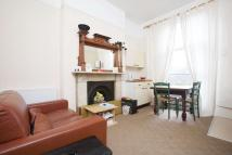 Flat to rent in Camden Park Road, NW1