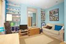 1 bedroom Flat to rent in Camden Road, NW1