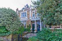 6 bedroom home in Sandycoombe Road...