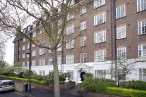 4 bedroom Flat in Glenmore House...