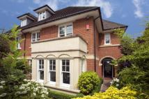 5 bed home in Laubin Close...