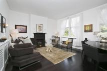 4 bedroom Flat in Denbigh Gardens...