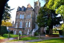 3 bedroom Flat to rent in Riverdale Road...