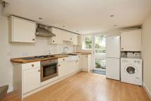 2 bedroom Flat in Princes Road, Richmond