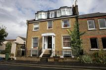 Flat to rent in Princes Road, Richmond