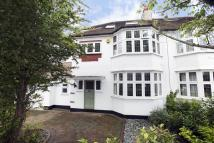4 bed house in Clarence Road...