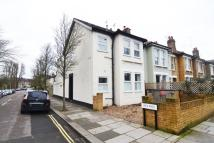 Studio flat for sale in Kingston Road, Teddington
