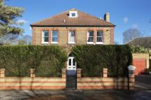 5 bedroom Detached house in Sandy Lane, Teddington