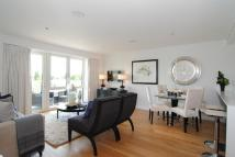 Flat for sale in Kew Bridge, Brentford