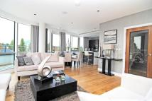 Apartment in Kew Bridge, Brentford