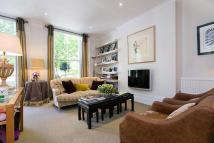 Flat in Marloes Road, London, W8
