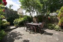 6 bedroom house in Marloes Road, London, W8