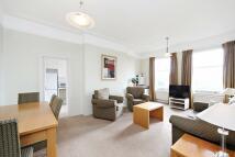 1 bedroom Flat in Allen House...