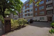 Flat to rent in Chatsworth Court...