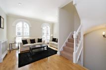 property to rent in Pembroke Place, London...