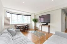 1 bedroom Flat to rent in Troy Court...