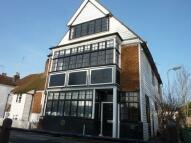 Flat to rent in Cranbrook