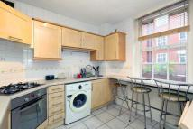 2 bed Flat for sale in Thackeray House...